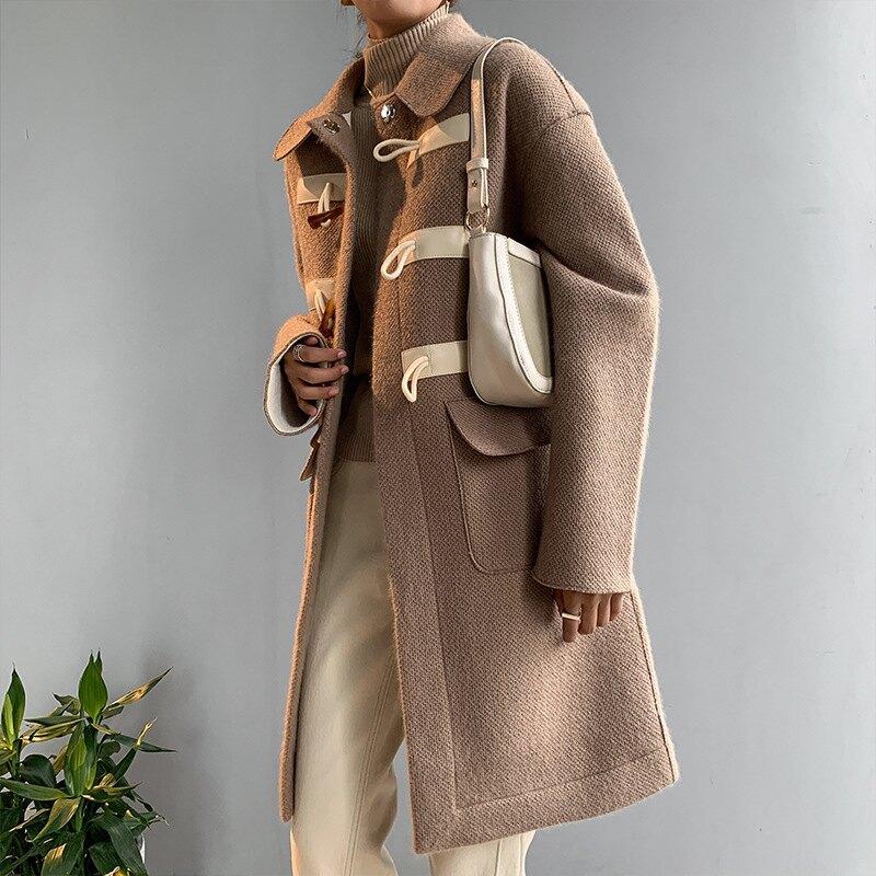 2020秋冬新款女裝赫本風寬松毛呢大衣韓版翻領牛角扣呢子風衣外套