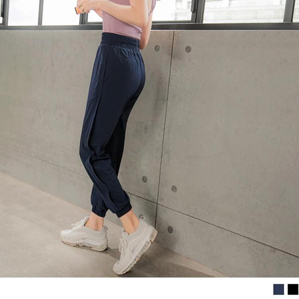 《KS0774》防潑水側邊造型腰鬆緊運動長褲 OrangeBear