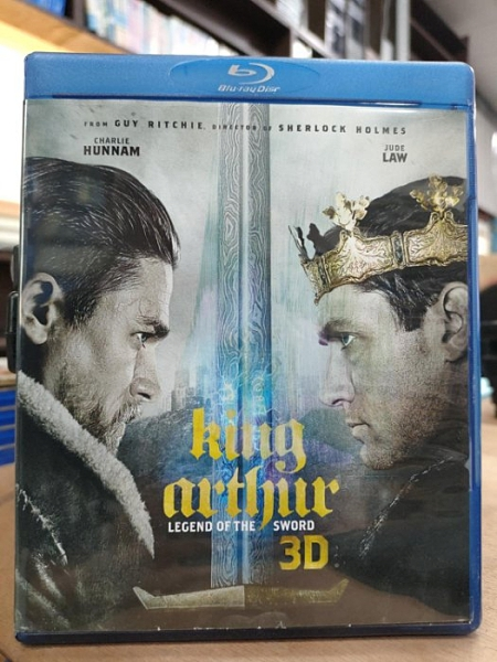 挖寶二手片-0512--正版藍光BD【亞瑟:王者之劍 3D+2D雙碟版】熱門電影(直購價)