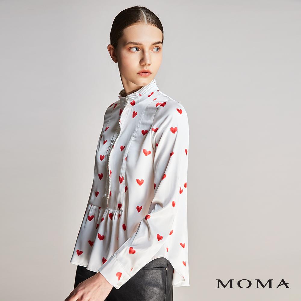 MOMA(01G034)愛心印花緞面上衣