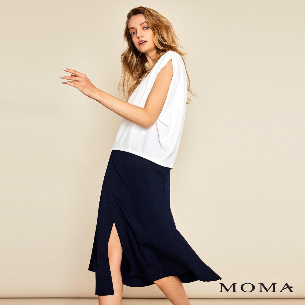 MOMA(01S034)開衩剪接造型裙