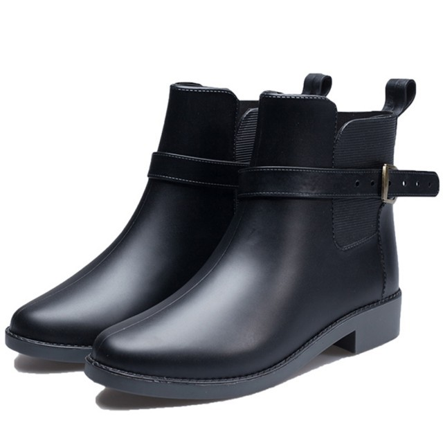 【韓國StyleBerry】小香風豔媚晴雨二用雨靴短靴(共1色)