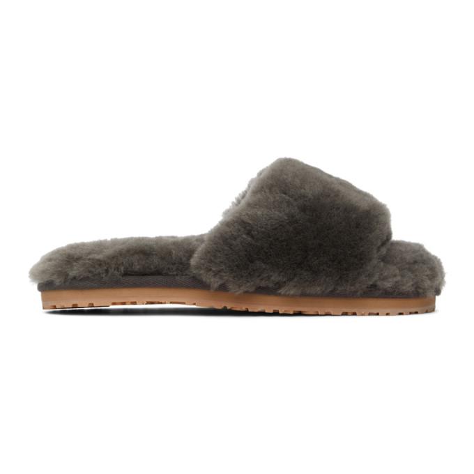 Mou 灰色绵羊皮拖鞋