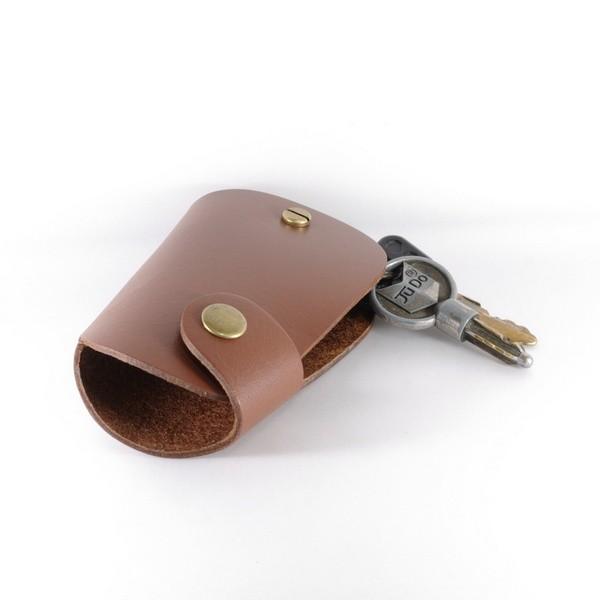 卡夫卡 寛版鑰匙包 /褐