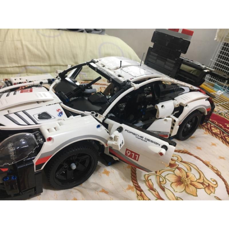 【玩樂開箱】<車車-42096>