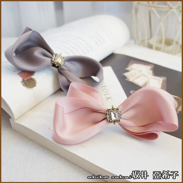 『坂井.亞希子』低調奢華風晶鑽蝴蝶結造型髮夾