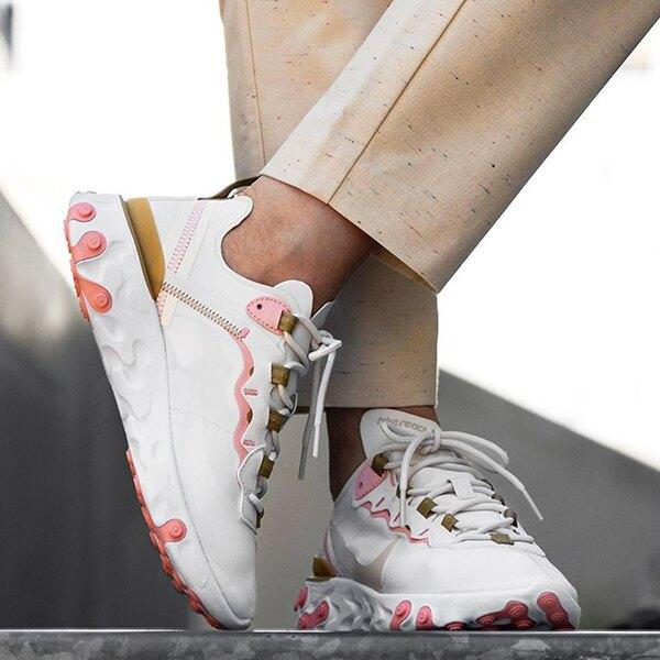【滿額領券折$150】NIKE【BQ2728-007】REACT  ELEMENT 55 休閒運動鞋 慢跑鞋 米白粉 女款