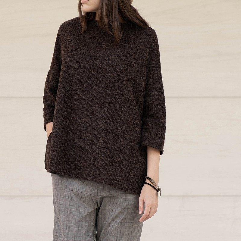 SAMEDi - 一字領羊毛八分袖上衣-咖啡