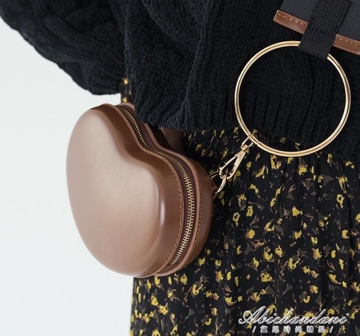 愛心包包桃心形包寬帶包側背斜背包金屬圓環手提包少女扁型斜背包yh