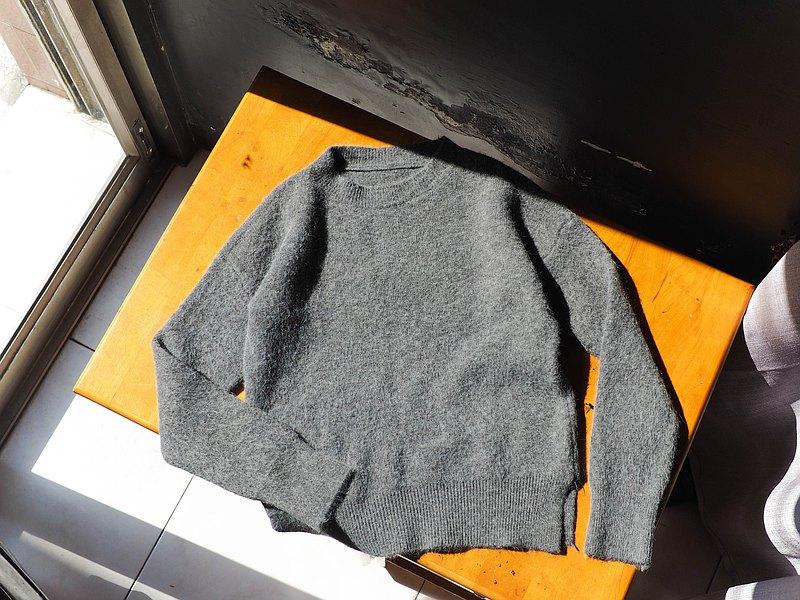 深深灰綠澎澎軟絨冬季浪漫戀愛 古董古著毛衣毛衫 sweater