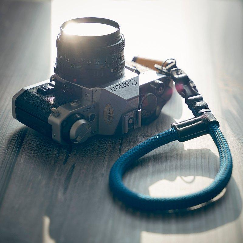 相機快拆手腕帶 藍黑色 10mm登山繩 真皮復古手工 菲林相機 禮物