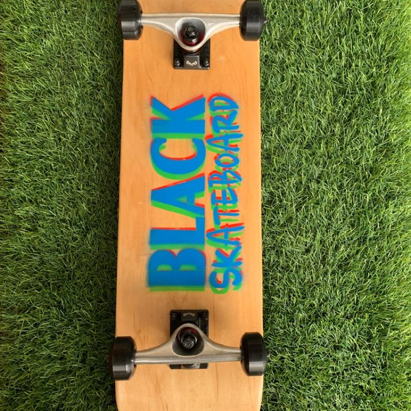 {滑板}BLACK skateboard 技術板(原木)
