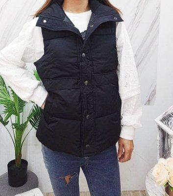 ♥️ AMY DRESS ♥️ 韓版 8906 排釦鋪棉背心外