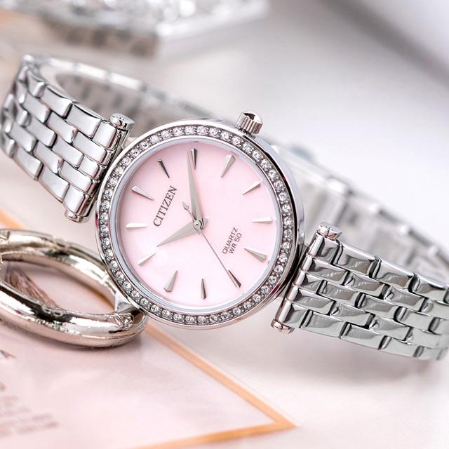 【CITIZEN 星辰】銀色閃耀時尚不鏽鋼石英腕錶/銀x粉面(ER0210-55Y)