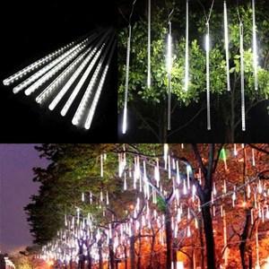 摩達客 聖誕燈裝飾燈LED流星燈串8條燈(白光插電式/單燈長50cm)