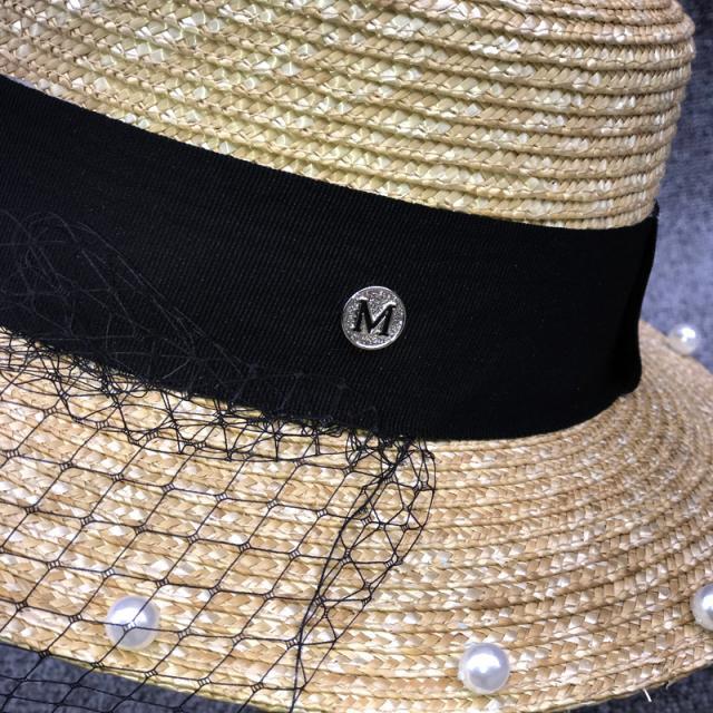 網紅英倫平頂草帽女夏天度假麥草珍珠網紗帽時尚遮陽海邊沙灘禮帽1入