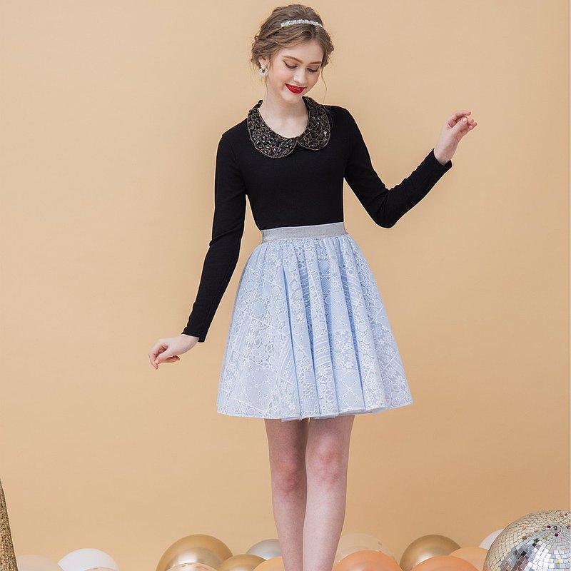 【預購】Elizabeth淺藍不規則刺繡澎澎短裙