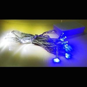 摩達客 聖誕燈LED燈串20燈電池燈-藍白光/透明線(高亮度又環保)