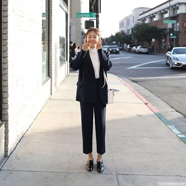 西裝套裝含外套+九分褲(兩件套)-雙排扣經典純色韓版女西服2色73xs40[巴黎精品]
