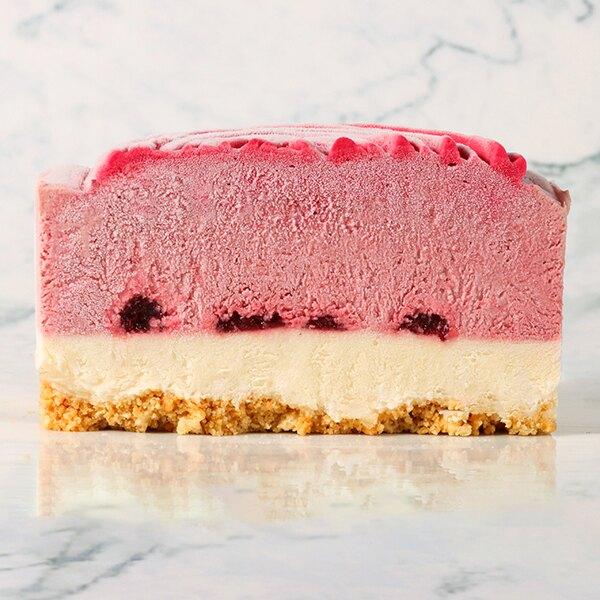 紅莓花園 4吋(48045克/盒)【雷昂法式烘焙工坊】●由覆盆子果泥、跟草莓果泥組成 ●紅莓慕斯濃郁而不膩口 ●中層為自製果醬,增加蛋糕濃厚的水果香