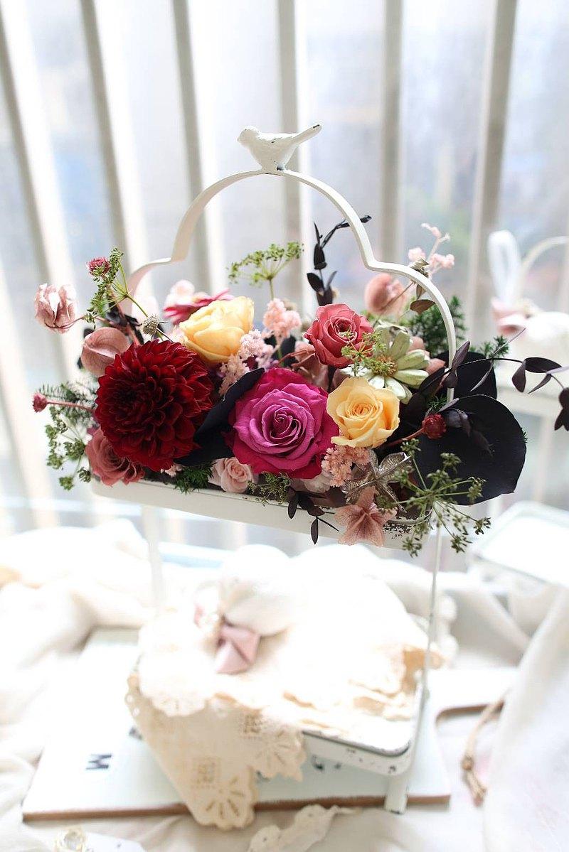 【一人成班】(限量)法式鳥兒鐵藝復古雙層不凋花收藏架/甜品架