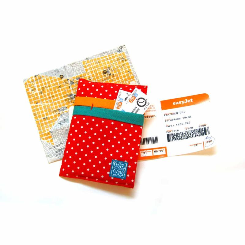 【WaWu】護照套 (紅色點點)