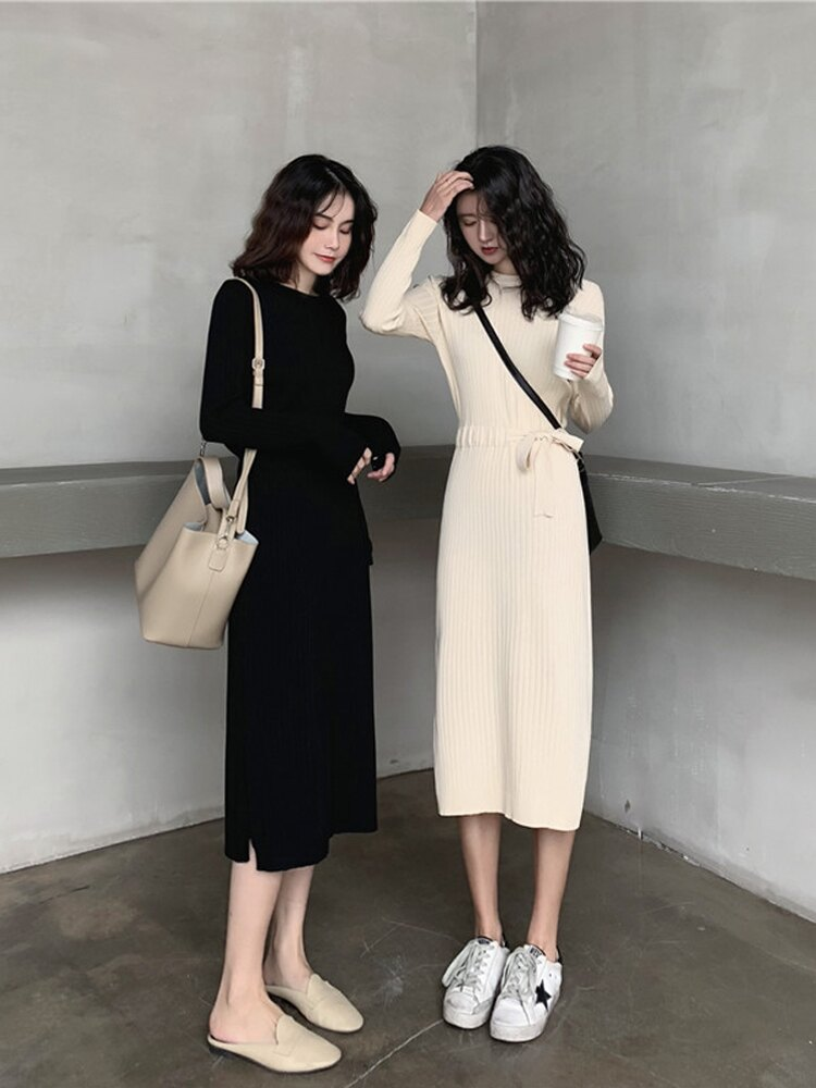 裙子女秋冬季內搭長袖打底毛衣裙修身中長款過膝開叉針織連衣裙。1入