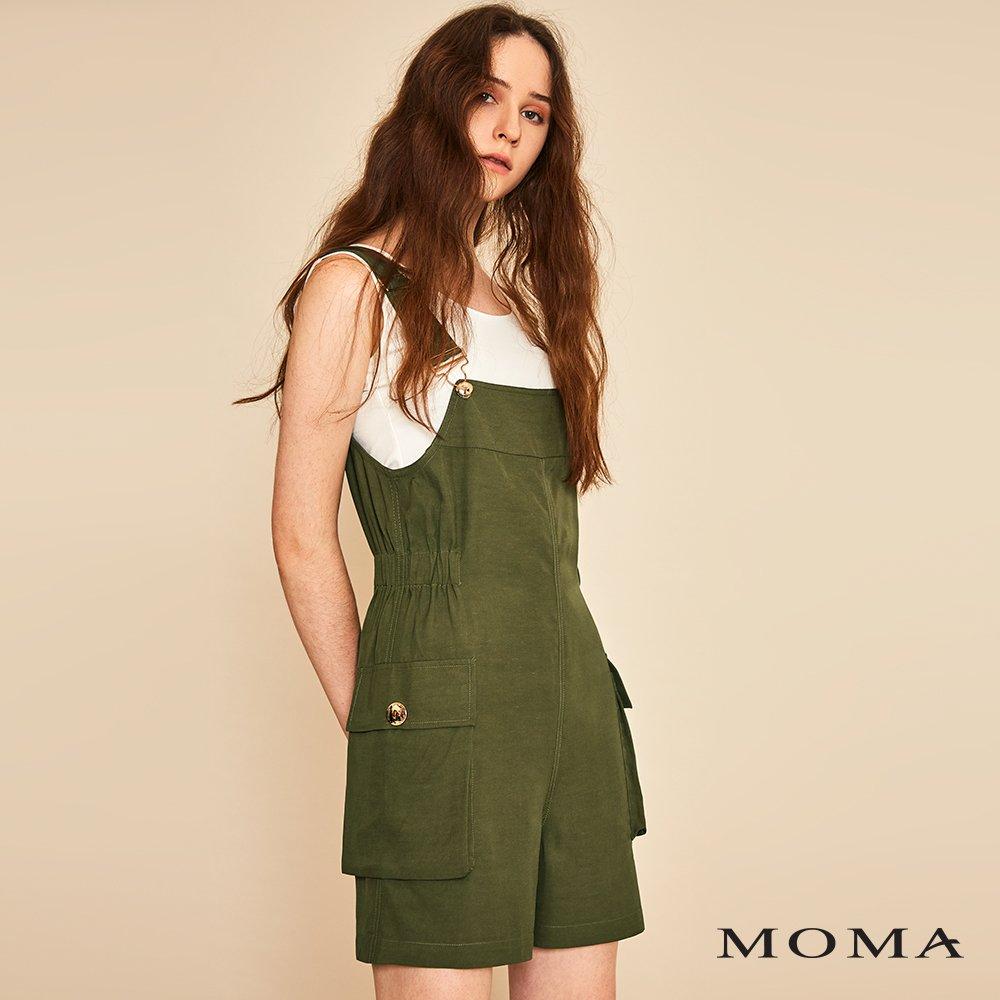 MOMA(01P032)口袋裝飾吊帶短褲