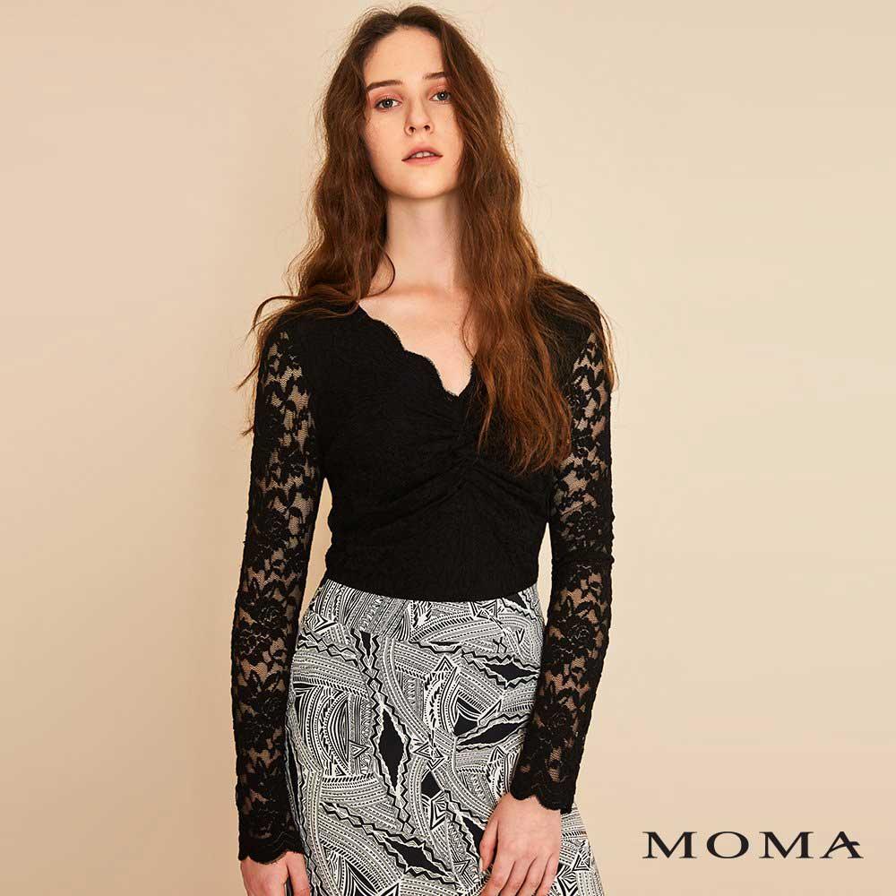 MOMA(01M015)扭結蕾絲上衣