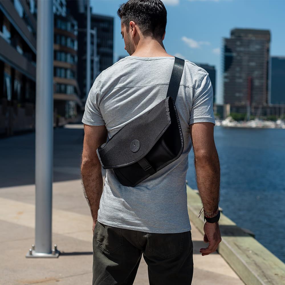 澳洲 alpaka alpha sling & messenger 輕巧防水多功能平板包(送防盜帶)