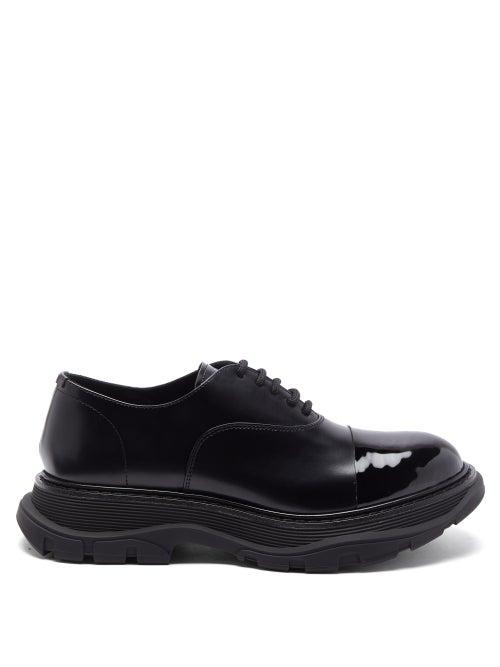Alexander Mcqueen - Tread Patent-toecap Leather Derby Shoes - Mens - Black