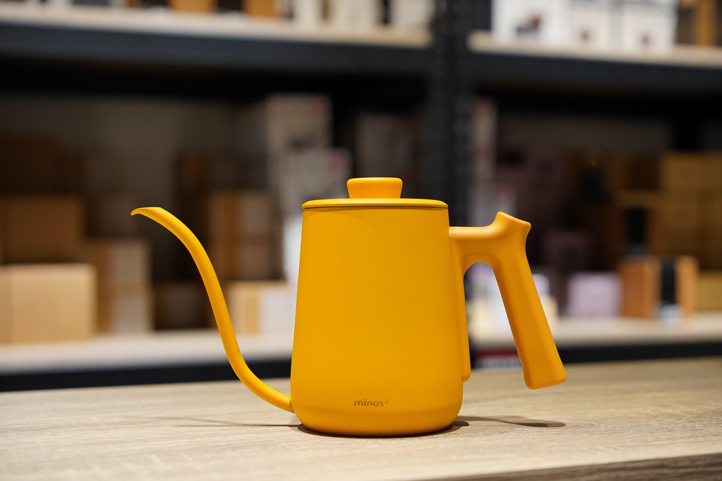 【沐湛咖啡】Minos 600ml 細口手沖壺 蓋子可鎖溫度計 內附刻度線 出水順暢 適用新手