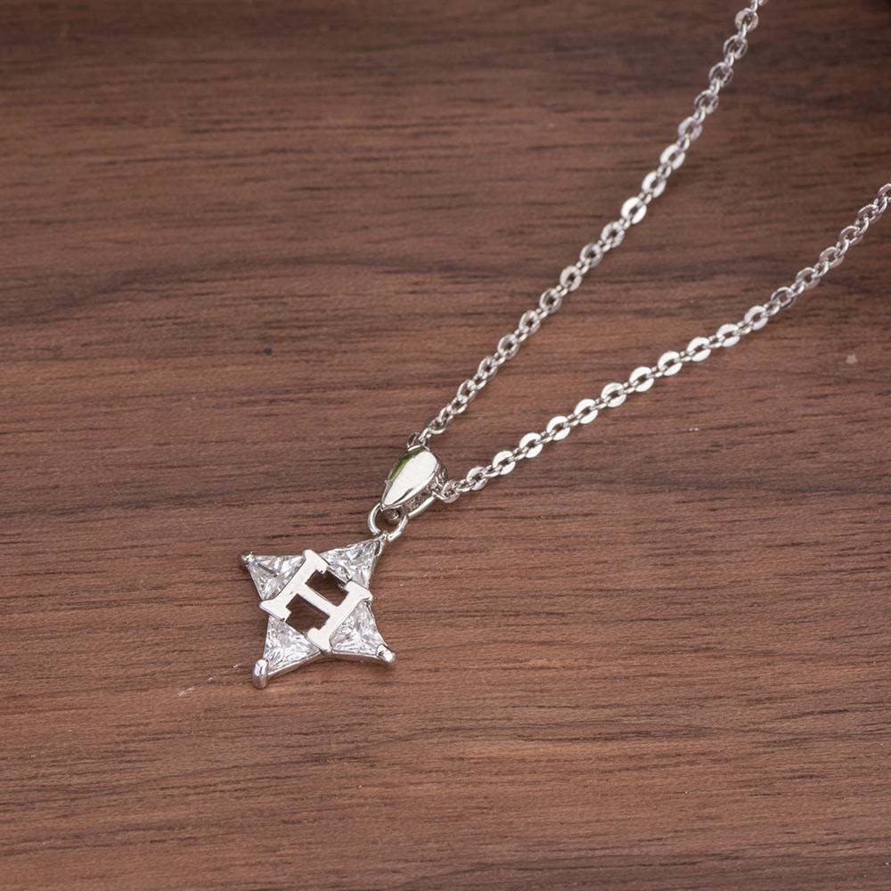 簡約字母菱形鑽項鍊-D20001