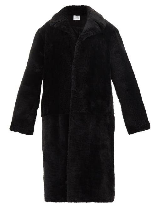 Vetements - Notch-lapel Shearling Coat - Womens - Black