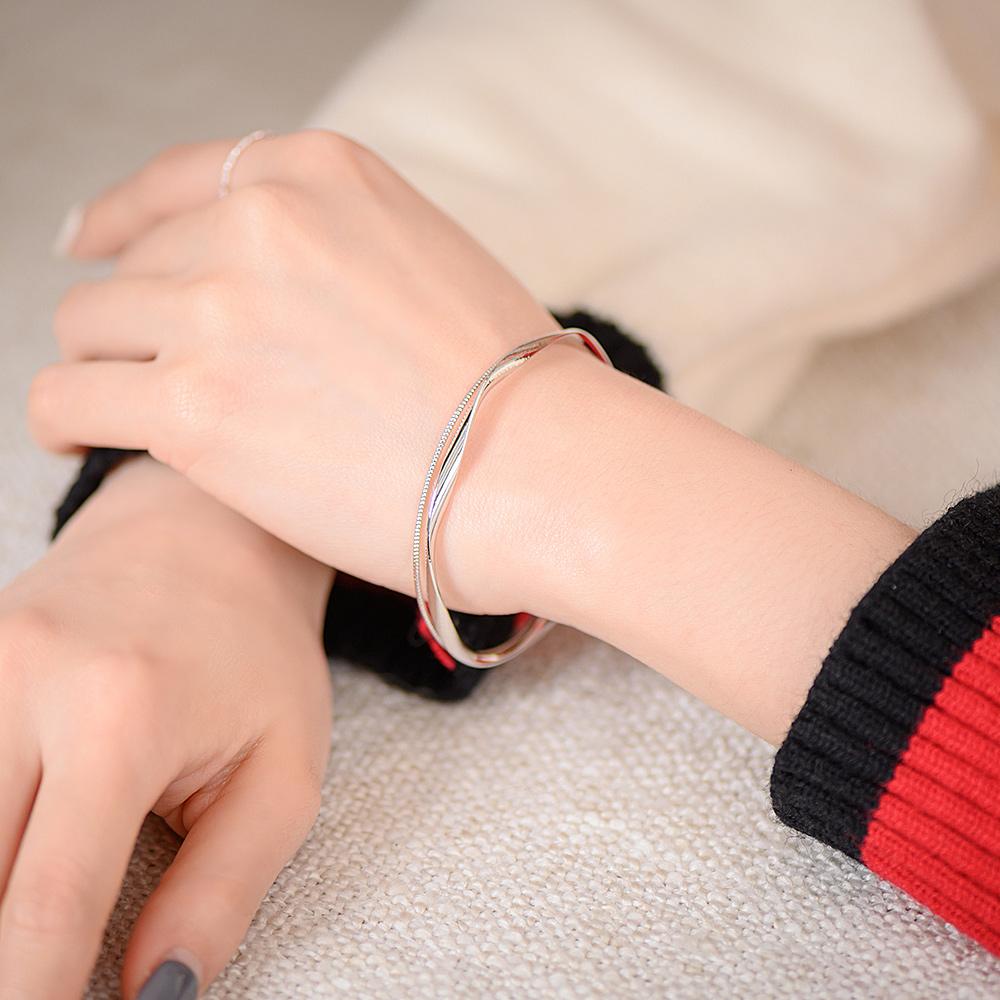 都會感俐落流線開口雙層手環(2色)-E20044