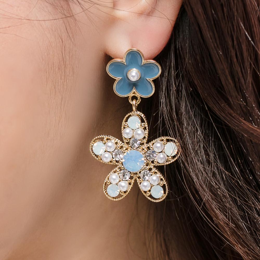 俏麗珍珠鑽花垂墜水晶抗敏鋼針耳環(2色)-30375