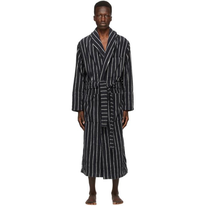 Tekla 黑色 Classic 有机棉浴袍
