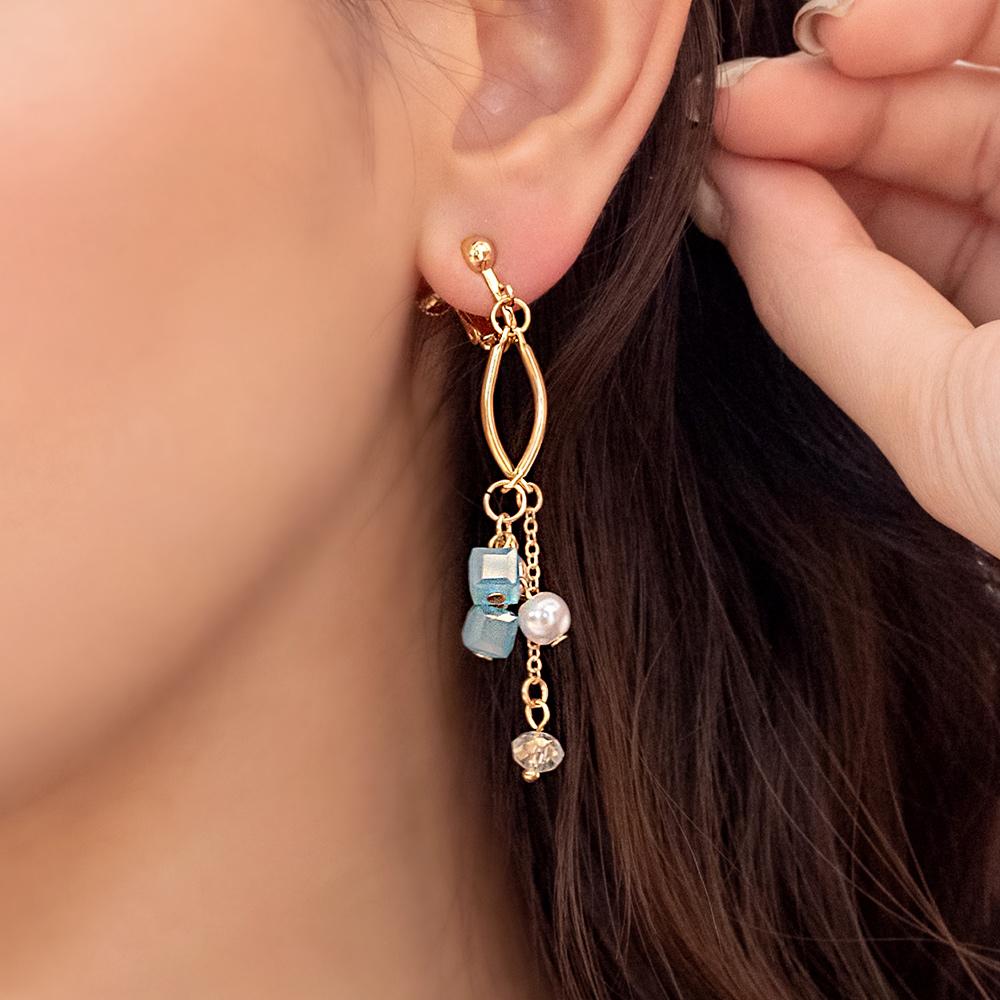 搖曳珍珠小彩糖垂墜耳夾(2色)-B10250
