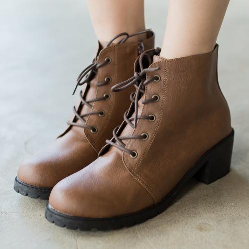 靴子.MIT牛津學院風繫帶側拉鍊粗跟短靴.白鳥麗子