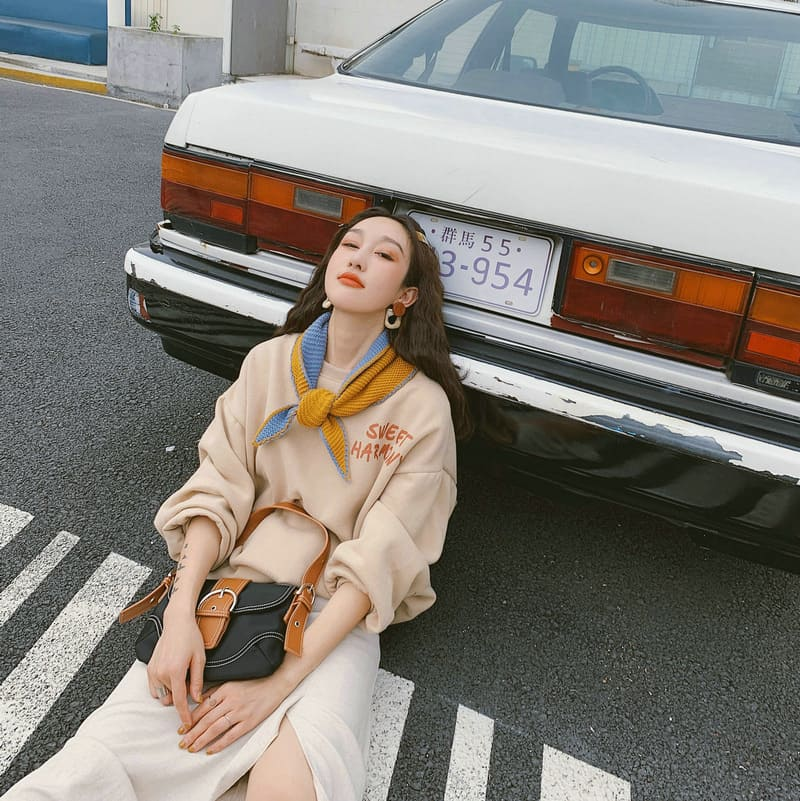 【missy shop】溫暖守護三角披肩-HA3D01