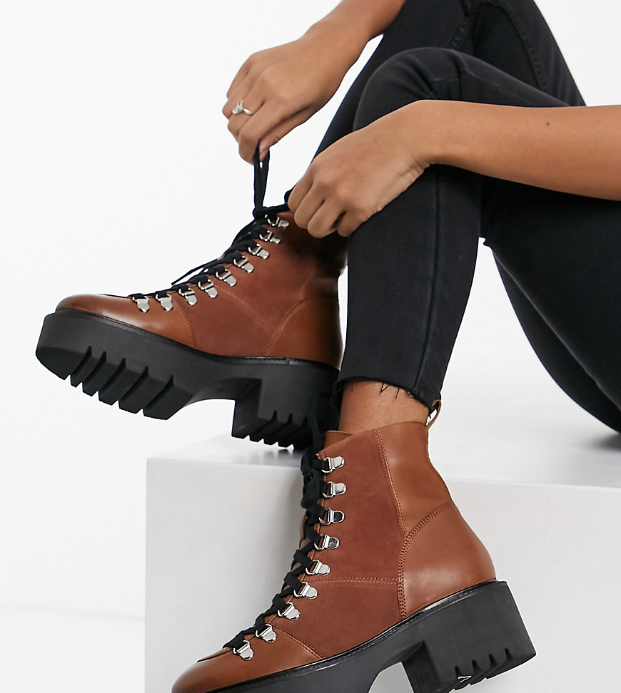 ASOS DESIGN Wide Fit Alison premium leather hiker boots in tan-Brown