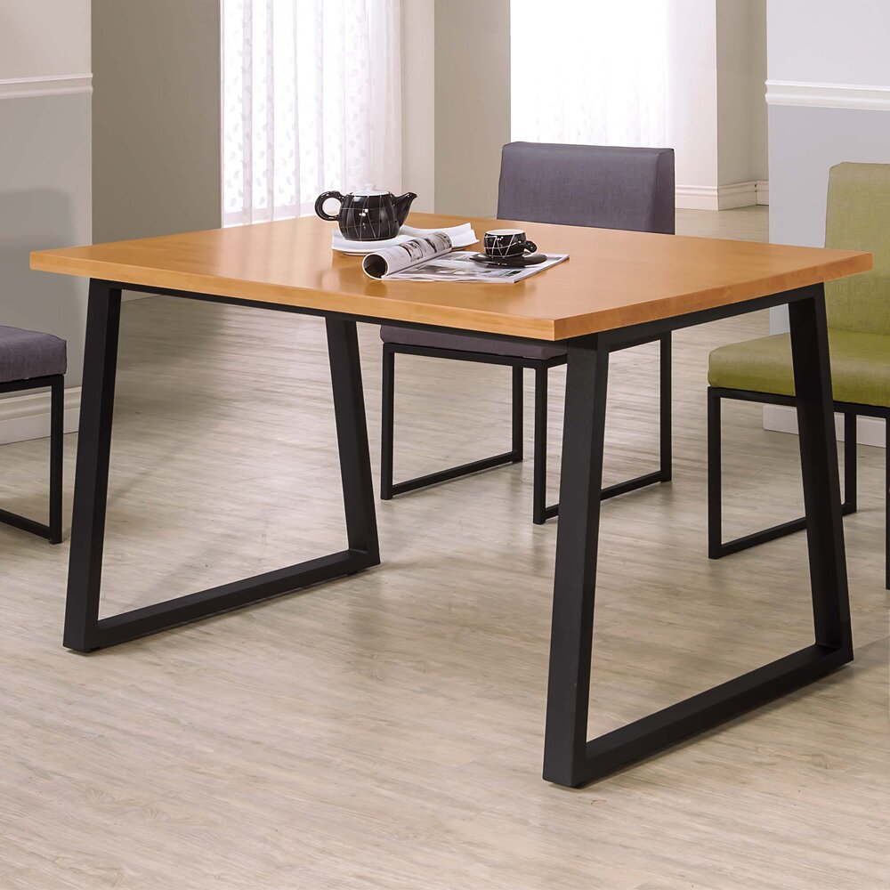 Boden-威利4.3尺工業風實木餐桌