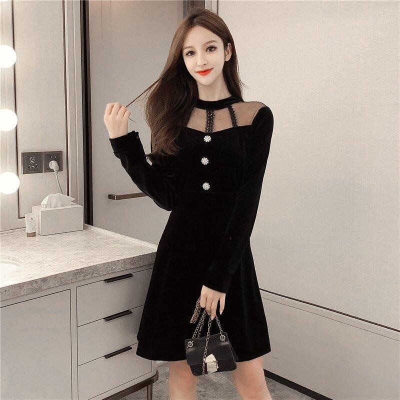 春裝2020新款金絲絨連衣裙氣質很仙的法國小眾仙女裙赫本風小黑裙1入