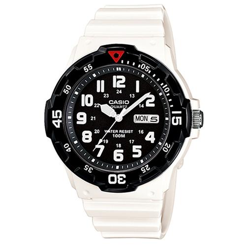 CASIO 卡西歐運動錶-黑 X 白 / MRW-200HC-7B (台灣公司貨全配盒裝)