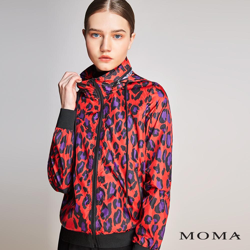 MOMA(01J022)亮彩豹紋拉鏈外套