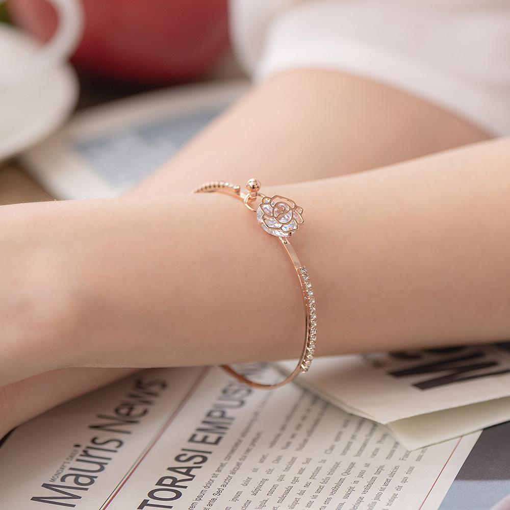典雅鏤空玫瑰排鑽扣式手環-E20067