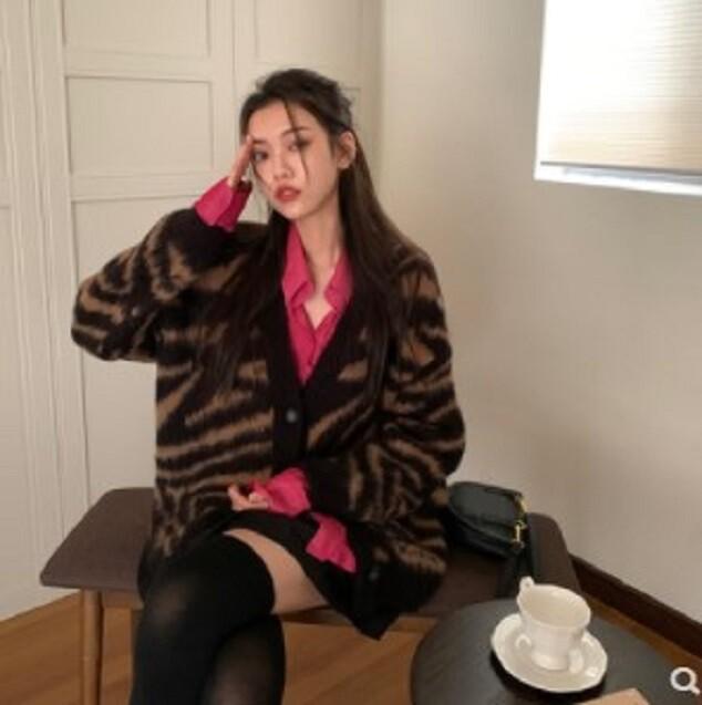 百搭厚實保暖棕色復古斑馬紋毛衣外套