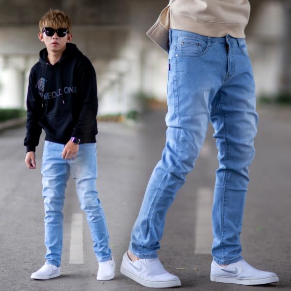 【NB0933J】淺藍刷白無破全素面彈性小直筒牛仔褲 (UC2178)