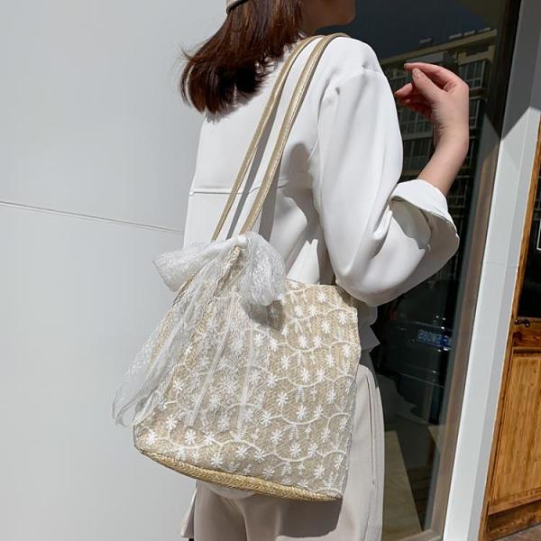 限購特價 上新女包水桶包夏天韓版小清新蕾絲單肩包法國小眾手提小包包