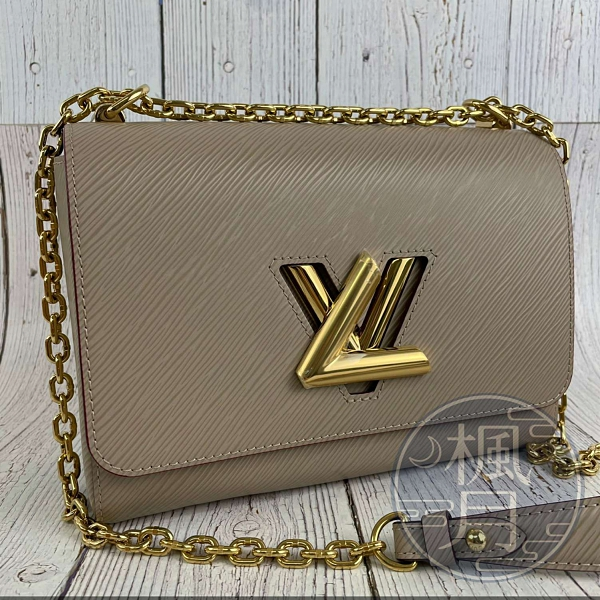 BRAND楓月 LOUIS VUITTON LV 路易威登 M53754 芋頭色EPI TWIST MM 金鍊 側背包